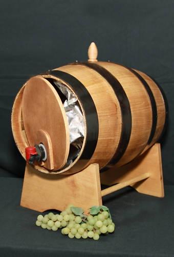 Produzione di botti in legno casano giovanni portale for Botti in legno arredamento