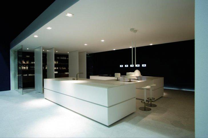 Ingrosso e dettaglio mobili arredamento bombacci fabio for Aziende di mobili